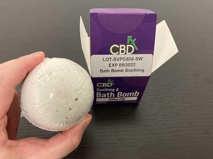 【CBD入浴剤】CBDfx バスボムをレビュー!ラベンダー・ユーカリの2種類を使ってみた